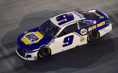Leadership Lessons: Chase Elliot Proves Great Leaders Make Great Decisions And Ignore Criticism